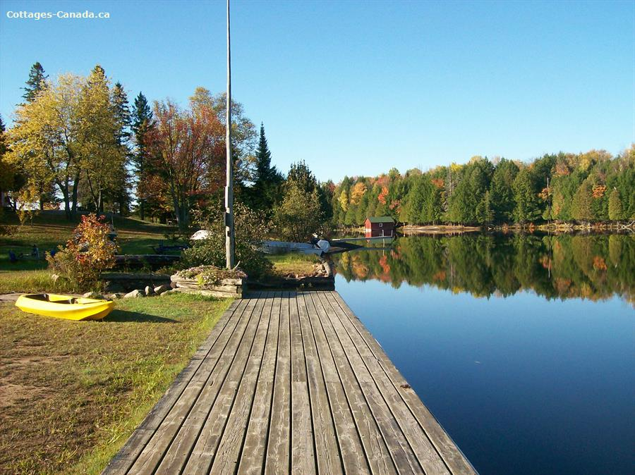 Cottage rental | Ahmic Lake Resort - Elk