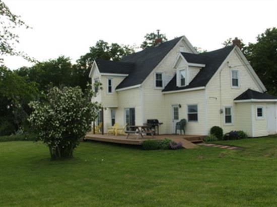 Cottage rental Prince Edward Island, Charlottetown ...