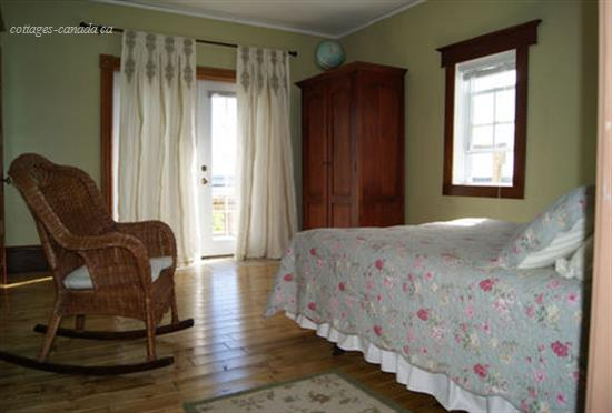 cottage rental Charlottetown, Cornwall (pic-4)