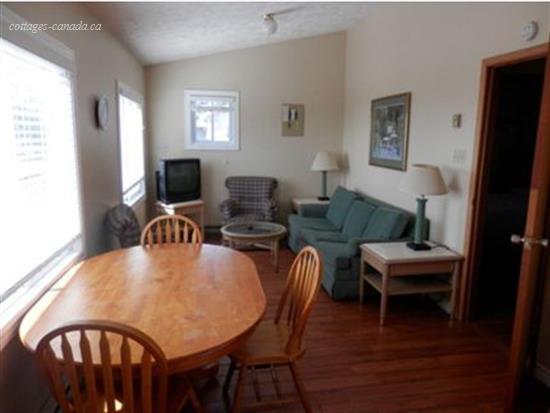 cottage rental Bruce Peninsula, Sauble Beach (pic-3)