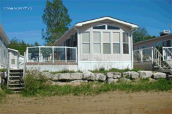 Cottage rental   Bearfoot Park Overlooking Lake Huron