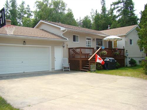 Cottage rental | 710 Oxford Cres., Sauble Beach