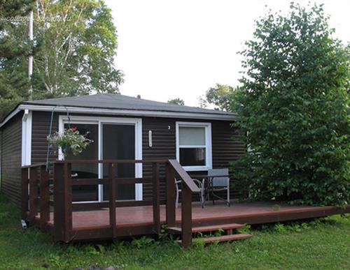 Cottage rental | Charming Lakefront Cottage