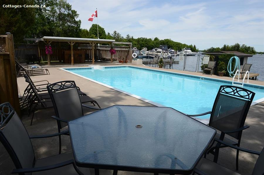 cottage rentals for outfitters Port Severn, Muskoka