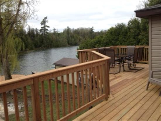 Cottage rental ontario southern georgian bay hanover for Cabin rentals in southern california
