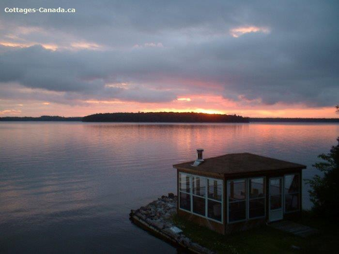 Cottage rental | Sunset Shore