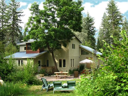 cottage rentals Slocan, Kootenay Rockies