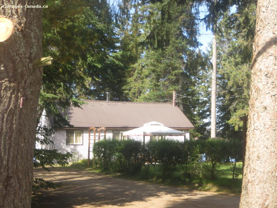 Cottage rental | Cottage 2 - 4 bdrm