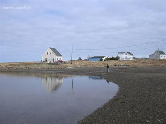 cottage rental Cape Breton, Isle Madame (pic-7)