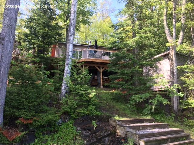 Cottage rental | Tall Maples Cottage