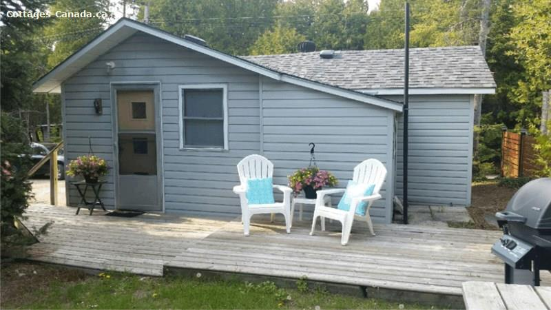 Cottage rental | 202 Second Street N - The Beach House