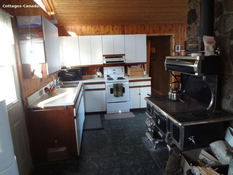 cottage rental Bruce Peninsula, Miller Lake (pic-7)