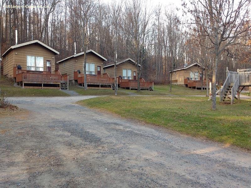 cottage rentals Algonquin Highlands, Haliburton Highlands