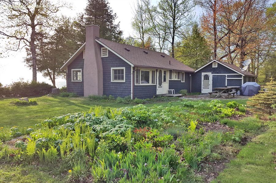 Cottage rental | Sandpiper Cottage - Bayfield