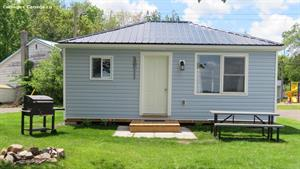 waterfront cottage rentals Tweed, South Eastern Ontario