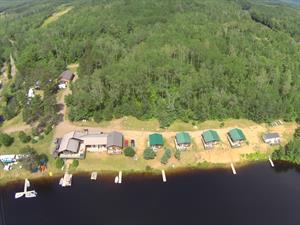 cottage rentals for outfitters Madawaska, Algonquin Park