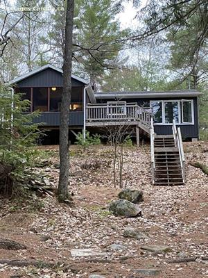 waterfront cottage rentals North Frontenac, South Eastern Ontario