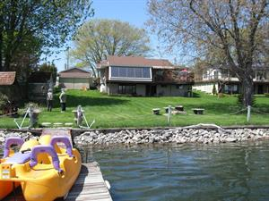 waterfront cottage rentals Kingston, South Eastern Ontario