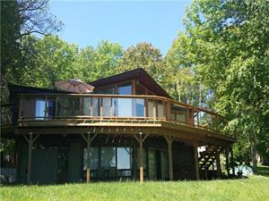 cottage rentals for outfitters Haliburton, Haliburton Highlands