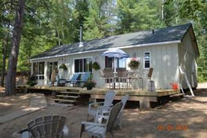 cottage rentals Bancroft, Haliburton Highlands