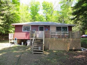 waterfront cottage rentals Gooderham, Haliburton Highlands