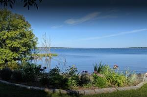 waterfront cottage rentals Innisfil, Lake Simcoe