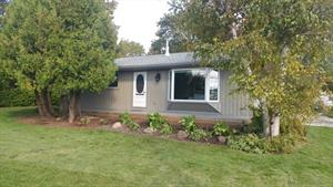 waterfront cottage rentals in sauble beach vacation rentals sauble rh cottages canada ca