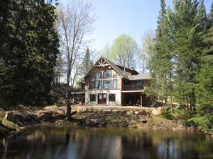 waterfront cottage rentals Dorset, Haliburton Highlands