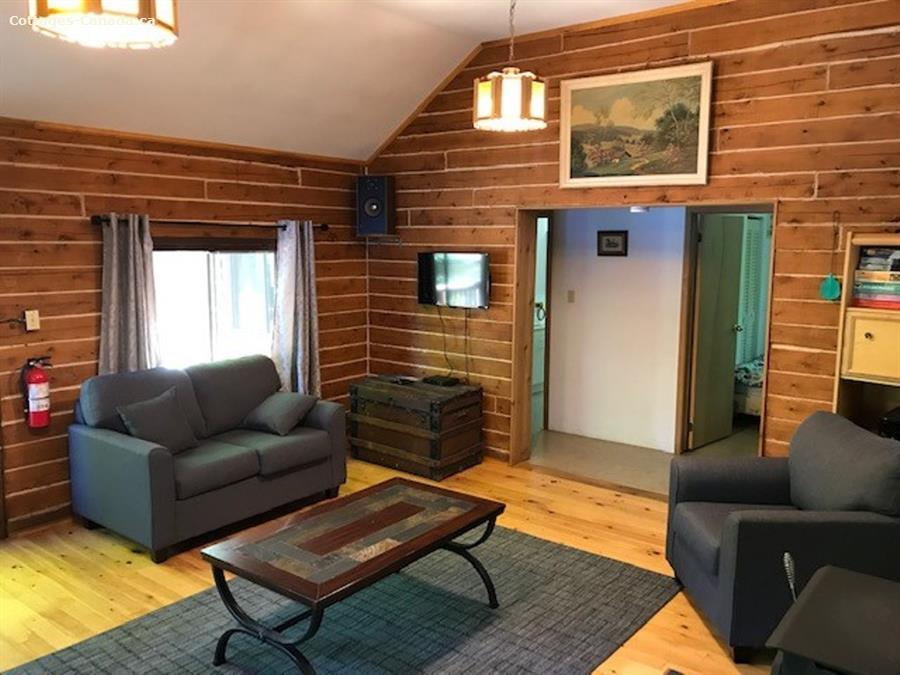 cottage rental Kawarthas and Northumberland, Cloyne (pic-6)