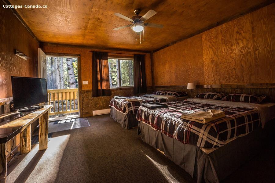 cottage rental Kootenay Rockies, Golden (pic-1)