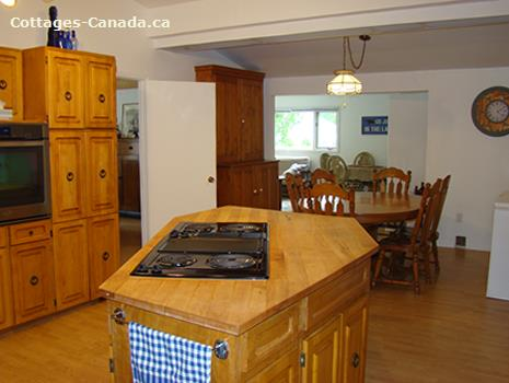 cottage rental Bruce Peninsula, Sauble Beach (pic-4)